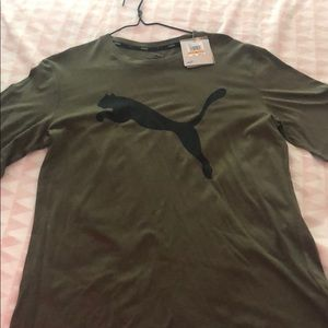 Olive green Puma T-shirt Size Small
